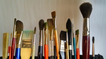 Paint brushes (2)